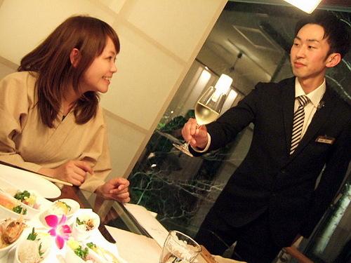 5夕食シーン.jpg