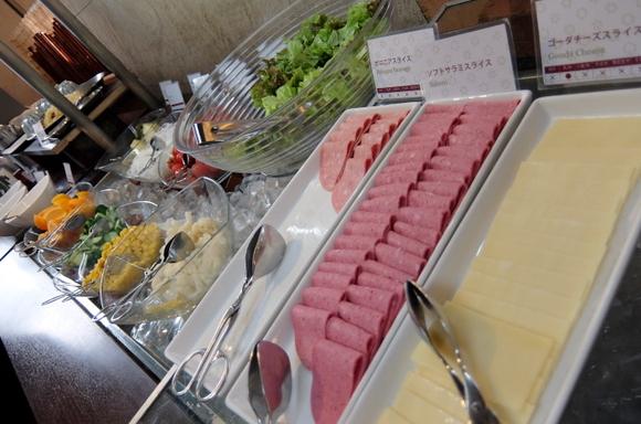 5チーズサラダ.JPG