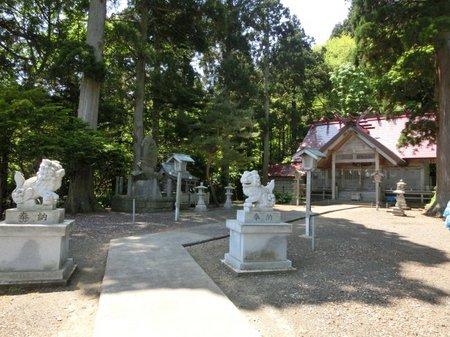02神社社殿.JPG